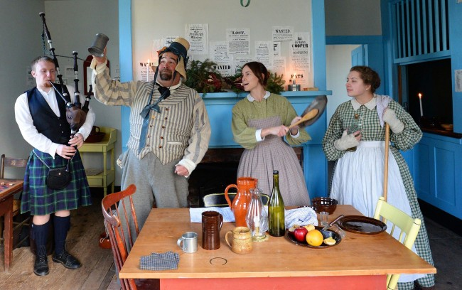 Victorian Yuletide (Grades 4-12 and adult groups)